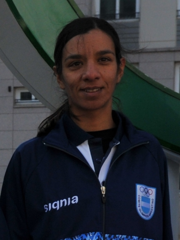 DOMÍNGUEZ, María Cecilia