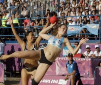 EL BEACH HANDBALL SIGUE GANANDO